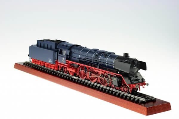 Märklin 39009 Schnellzug-Dampflokomotive Baureihe 01 146