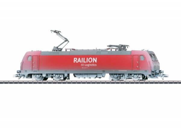 Märklin 36895 Mehrzwecklokomotive Baureihe 185.2 verschneit