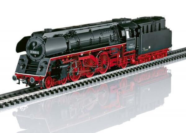 Märklin 39206 Schnellzug-Dampflokomotive Baureihe 01.5 mit Öl-Tender