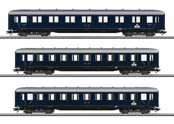 Märklin 43224 Schnellzug-Schürzenwagen zur BR 05