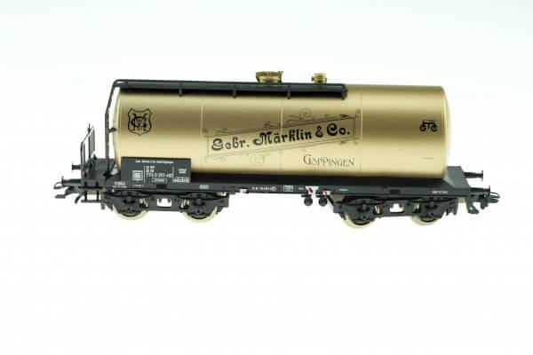 Märklin 46413 Einheits-Kesselwagen in goldener Farbgebung