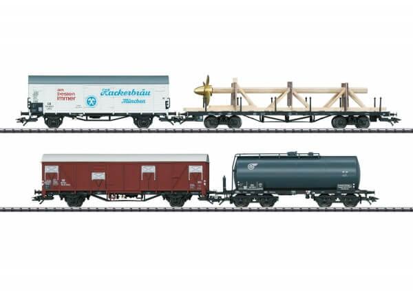 """TRIX 24022 Güterwagen-Set """"Hamburg das Tor zur Welt"""""""